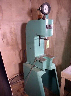 "1 Ton Air-Hydraulic Model C-100 Pneumatic Press; 12"" DLO"