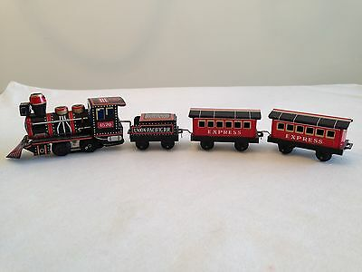 Vintage 1960 HAJI Mansei 0-4-0 Tinplate Train Set battery operated S-Scale Japan