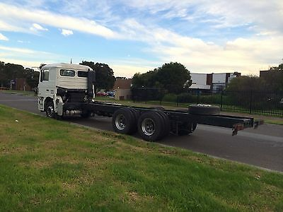 truck with 9m chassis