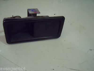 Land Rover Discovery 200 300 Tdi Drivers Right Rear Outer Door Handle (2)