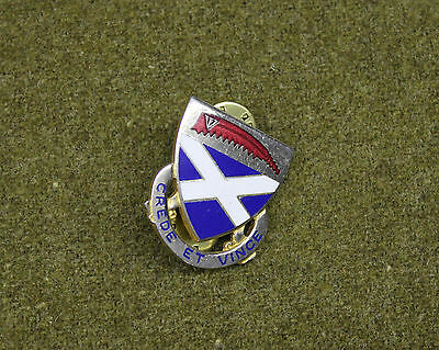 28609) Military Pin 200th Infantry Regiment DI Crest Insignia Medal Badge
