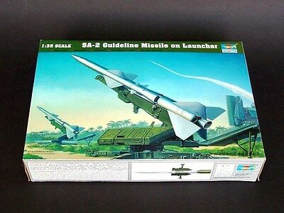 Trumpeter 1/35 00206 SA-2 Guideline Missile w/Launcher