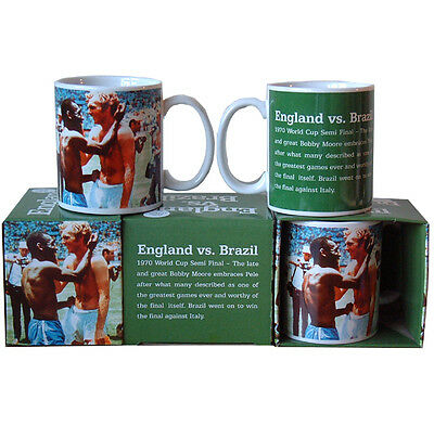 1970 World Cup Mug - Pele embracing Moore - Gift Boxed – Ideal for Car Boot