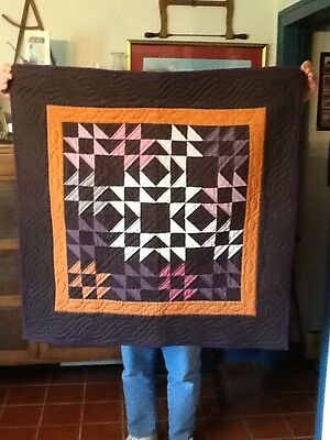 Small Vintage  Amish-Style Quilt/wallhanging. Handstitched