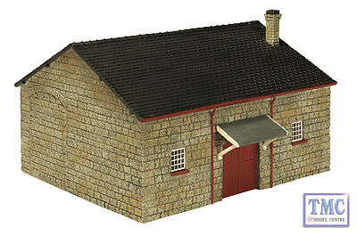 R9742 Hornby Skaledale OO/HO Gauge North Eastern Railway Goods Shed