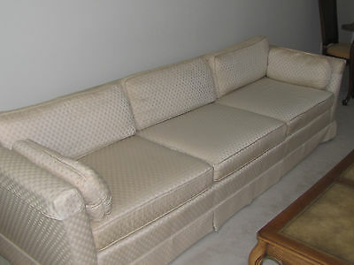 Beautiful Vintage Drexel Sofa