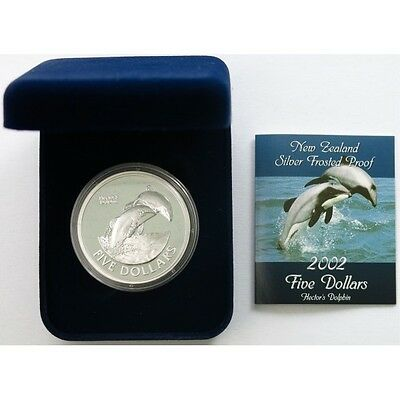 New Zealand - 2002 - Silver Proof 5 Dollars Coin- Hector's Dolphin!!!
