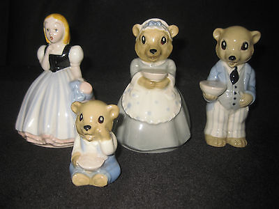 Rare 1950's Wade Goldilocks and The Three Bears Figures. Mama, Papa, Baby.