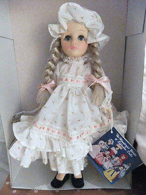 """EFFANBEE VINTAGE STORYBOOK SERIES """"MARY HAD A LITTLE LAMB 1196"""" DOLL-COLLECTIBLE"""