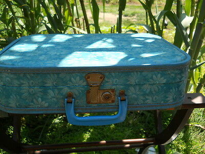 Vintage Blue Flower Pattern Vinyl Hard Shell luggage 16x12x3 Needs Cleaned