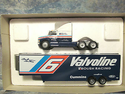 RACING ACTION PLATINUM SERIES COLLECTIBLES MARK MARTIN RACE CAR TRANSPORTER
