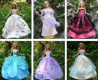 15 items Barbie Dresses Gown Hangers Shoes Handmade Clothing For Doll 5 Sets