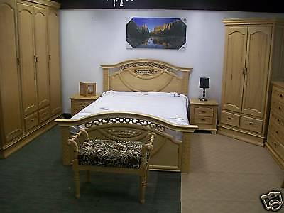 Regal Oak Bed double wood wooden carved