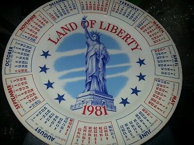 """1981 Vintage Collector's Calendar Plate """"LAND OF LIBERTY """" Statue of Liberty"""