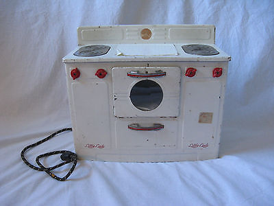 Vintage Empire Little Lady Play Stove Toy Oven Works! Collectable White And Red