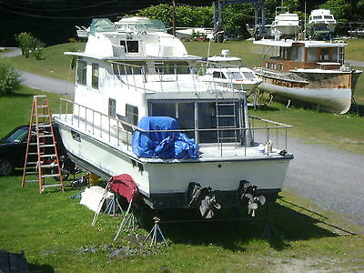 HOUSE BOAT 37' HOLIDAY 1973