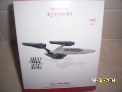 "2014 Hallmark Ornament  ""U.S.S. VENGEANCE"" STAR TREK (INTO DARKNESS) (MIB)"