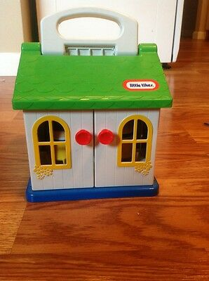 Vintage Little Tikes  Play House with two Toddle Tottle Tots VGUC