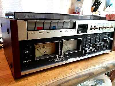Vintage TEAC A-450 Cassette Tape Deck. Very Nice Condition. With owner's manual.