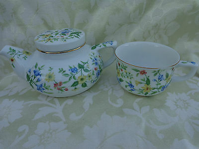 ANDREA BY SADEK SPRINGTIME TEAPOT FOR ONE AND CUP MADE IN JAPAN