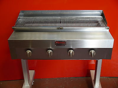 4 BURNER CHARCOAL GRILL FLAME  BURGER GRILL ON STAND WITH FUL GRIDDLE  chargrill