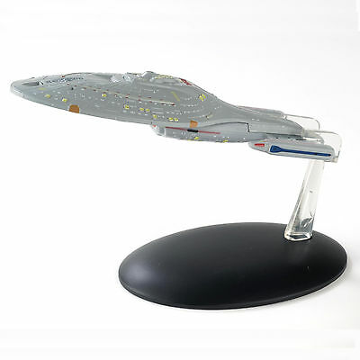 Star Trek USS Voyager with Collectible Magazine #6 by Eaglemoss