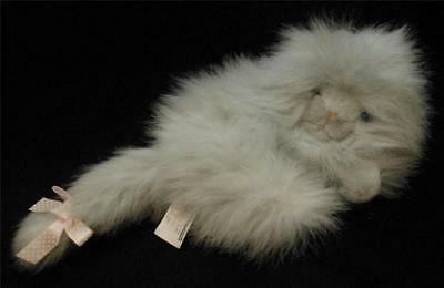 """Vintage 1990 Commonwealth 7"""" Lying Fluffy Gray Long Haired Kitty Cat Plush"""