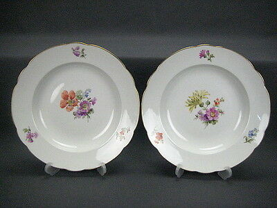 KPM Berlin 2 Plate With Flower Painting