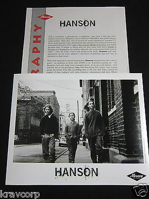 Hanson '3 Car Garage' 1998 Press Kit—Photo