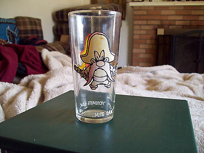 Vintage 1973 Yosemite Sam  Pepsi Glass  Warner Brothers
