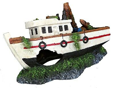 Trixie Tug Boat Aquarium Fishing Boat Ornament Fish Tank Cave Decoration 87818