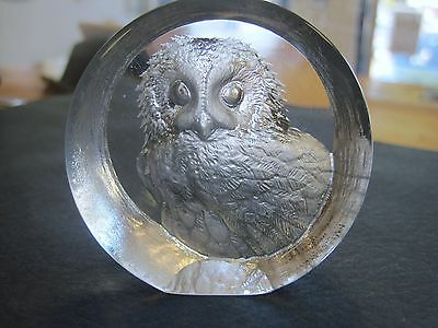 VINTAGE MATS JONASSON SWEDEN FULL LEAD CARVED CRYSTAL OWL PAPERWEIGHT glass art