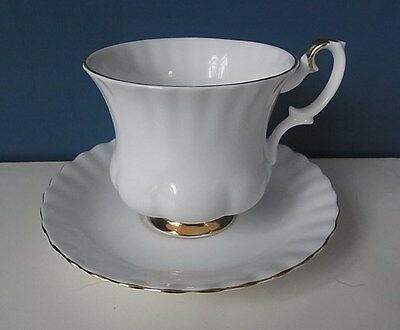 "FABULOUS ROYAL ALBERT ""VAL D'OR"" - COFFEE CUP & SAUCER"
