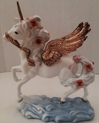 Princeton Gallery Golden Wings of Wonder Unicorn Figurine 1994~New