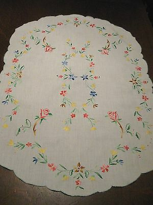 Antique/Vintage EMBROIDERED COTTON Tablecloth Table Center - BRIGHT ROSE FLORALS