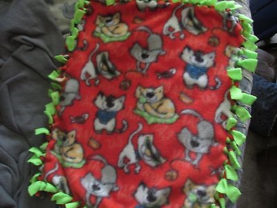 No Sew Red Cat Print Fleece Cat Blanket