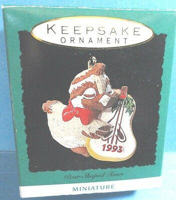 "Hallmark ""Pear Shaped Tones"" Partridge Bird Miniature Ornament 1993"