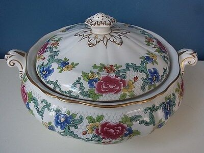 "LOVELY BOOTHS ""FLORADORA"" LIDDED & HANDLED VEGETABLE TUREEN - 9.5"", 1970's, VGC"