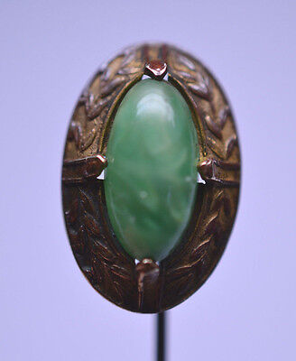 Antique Victorian Green Art Glass Stickpin With Leaf Border