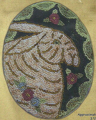 """Hooked on Rugs """"Oval Rabbit"""" Punchneedle Embroidery Pattern w/Fabric"""
