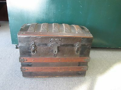 Antique Vintage Steamer Travel Trunk Dome Top w tray