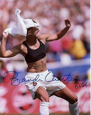 BRANDI CHASTAIN HAND SIGNED 8x10 COLOR PHOTO+COA     GREAT WORLD CUP CELEBRATION