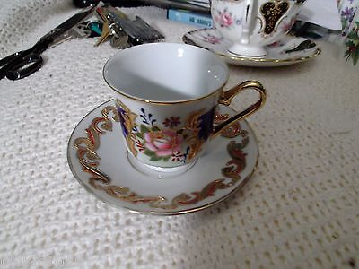 Dutch Demitasse Cup Saucer Set-Lots of Gold and Handwork Holland  MINT