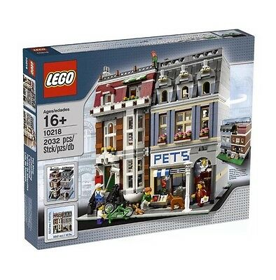 Lego Creator Pet Shop 10218 New In Factory Sealed Box-Very Hard To Find