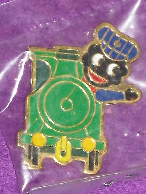Robertsons Golly Badge - 1980's TRAIN DRIVER - new in packet