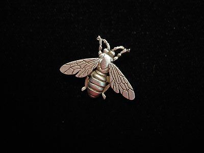 """""""JJ"""" Jonette Jewelry Silver Pewter 'Detailed Full Winged Bee' Tac Pin"""