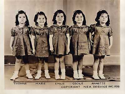 DIONNE QUINTUPLETS RARE VINTAGE SIGNED 8X10 WITH COA