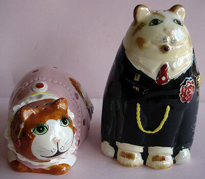 SIGMA TASTESETTER FAT CAT SALT and PEPPER SHAKERS MADE IN JAPAN