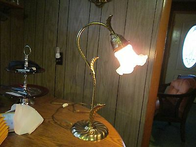 Vintage Regency Deco style Brass Leaf Table Lamp GORGEOUS!!!!!!!!!!!!!