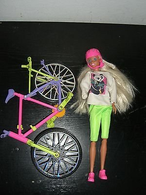 Vintage 1990 Sindy Doll And Her Fun Bike Hasbro Missing Arm